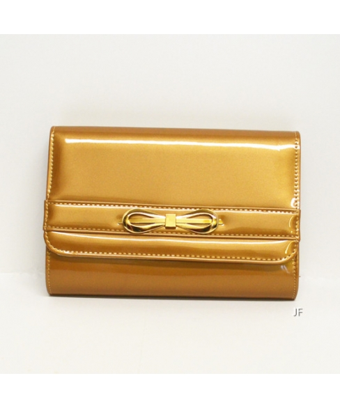Glamorous Glossy Faux Patent-leahter Clutch